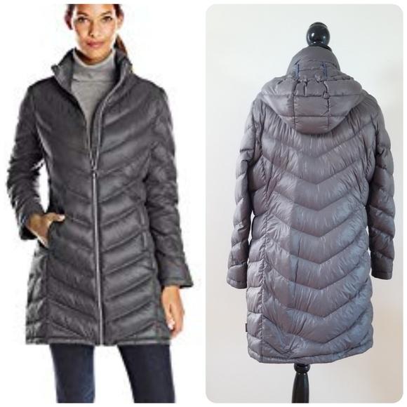 438f353a7234 Calvin Klein Jackets & Blazers - Calvin Klein Packable Lightweight Premium  Down Coa